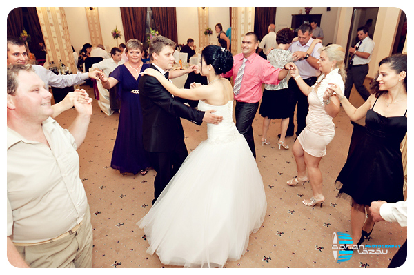 Anca & Razvan Cervantes Oradea Fotograf de nunta Adrian Lazau